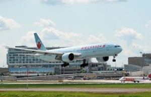Air Canada Boeing 777 333 300x192 photo