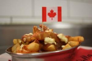 poutine plat canadien